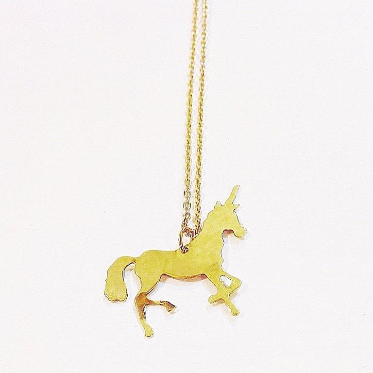 Colgante unicornio