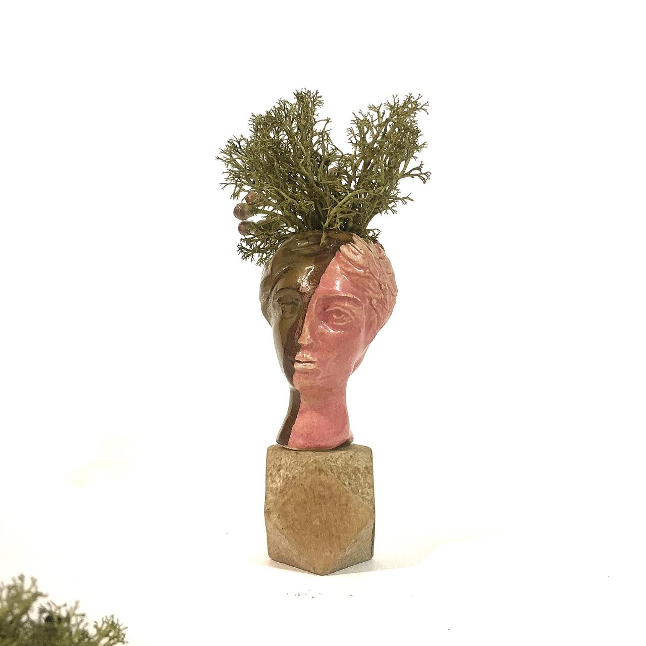 Mini vase IV detail - Le Voilà