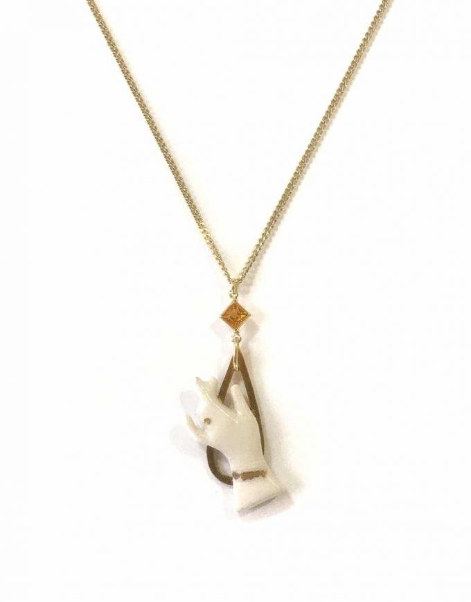Hand pendant of Goddess IV - Le Voila