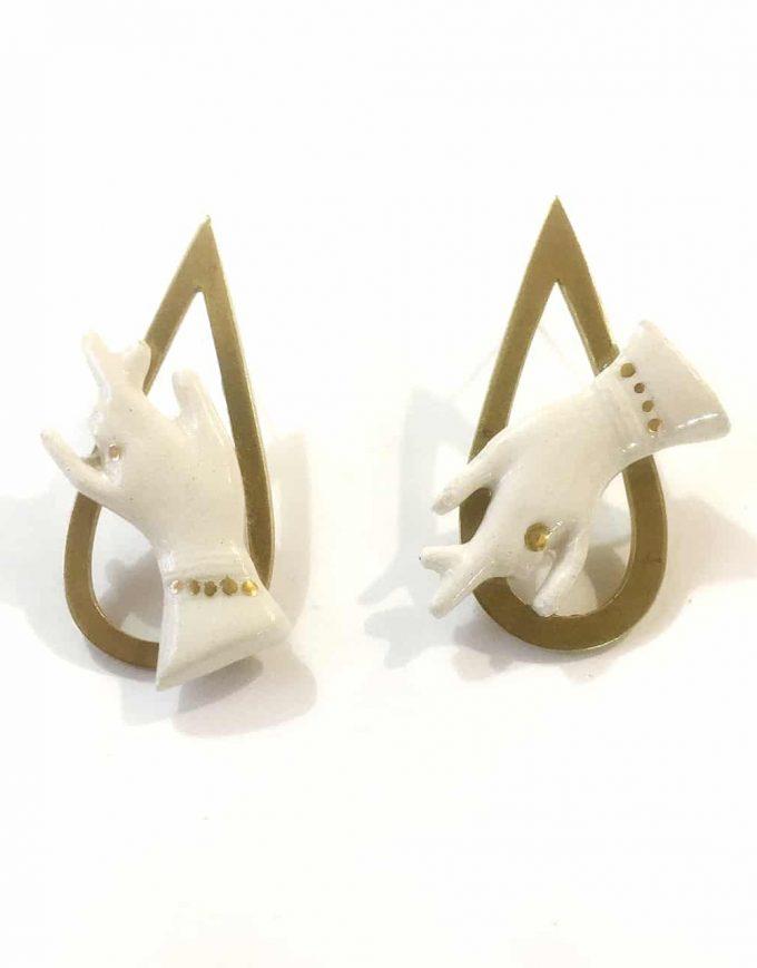 Hand of Goddess Detail Earrings - Le Voila