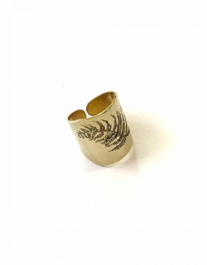 Detail Fern Ring - Le Voila